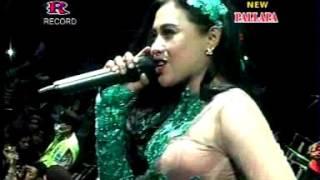 Putus Cinta Niken Ira New Pallapa Live Sumokembangsri Balongbendo 2015