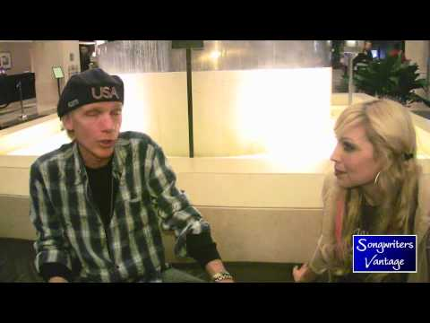 Michael Lloyd interviewed for SongwritersVantage.com