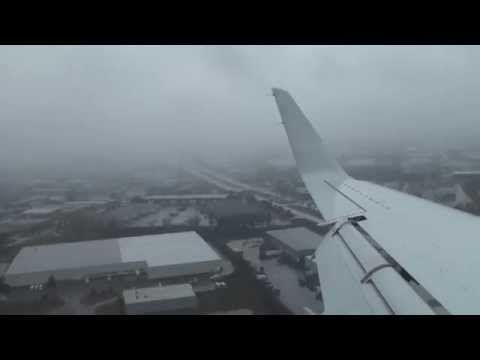 Landing at Gerald R. Ford International Airport RWY 8R GRR KGRR