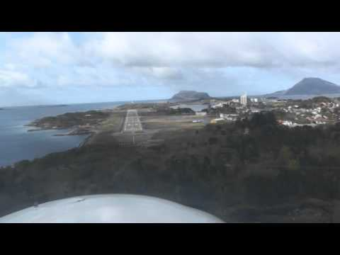 Florø, Norway - Approach and Landing Runway 25