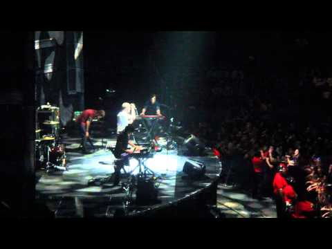 Passion Pit playing The Reeling 9/26/10 Staples Center HD 720p