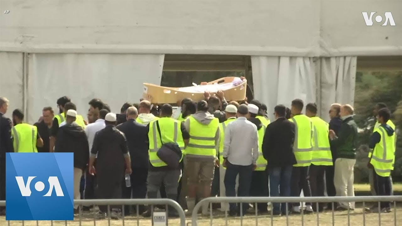 First Funerals for Victims of New Zealand Mosque Attack Under Way