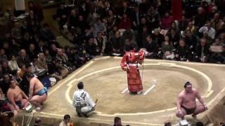 大相撲2012年・初場所6日目、『豪栄道 vs 白鵬』の取組 横綱戦だけあっ...