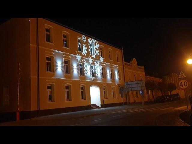 Budynek Urzędu w Pelplinie już świątecznych illuminacjach (15.10.2019r)