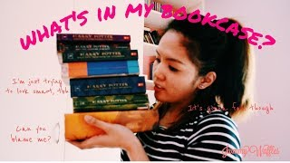 Book Vlog: What's In My Bookcase?