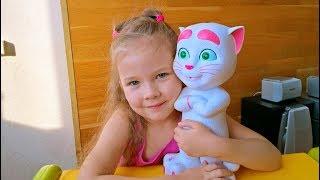 My Talking Angela Интерактивная игрушка Cat Анжела Kinder Surprise