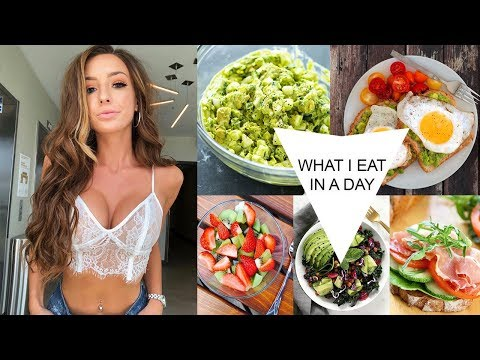 WHAT I EAT IN A DAY AS A MODEL | Taylor Alesia
