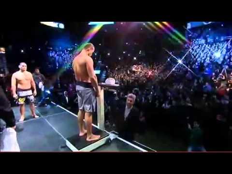 UFC 155 Junior dos Santos vs Cain Velasquez II - Weigh In