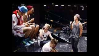 Repeat youtube video One Direction - Happily (acoustic)