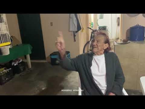 Gilberto peleando con