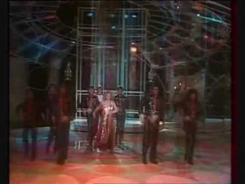 Dalida - Le Lambeth Walk (Live Palais des Sports '80)
