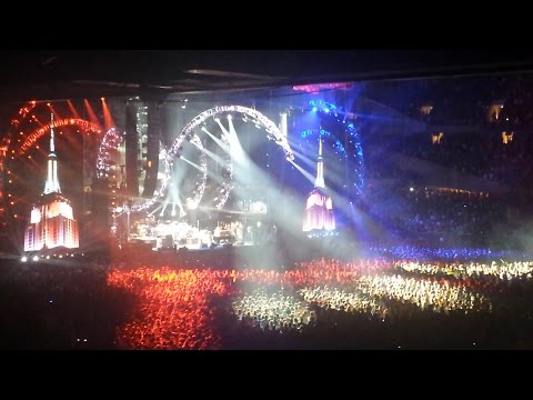 "Grateful Dead - Fare Thee Well - Slideshow to final song ""Attics of My Life"""