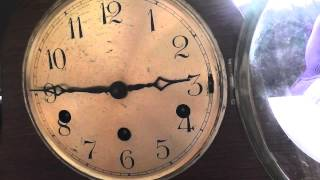 a look at a lovely smith enfield westminster chime mantle clock.