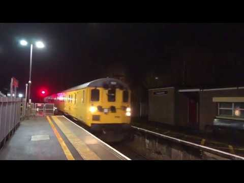 37025 At Templecombe With The 20:53 Exeter To Salisbury Test Train On Thursday 25th January 2018