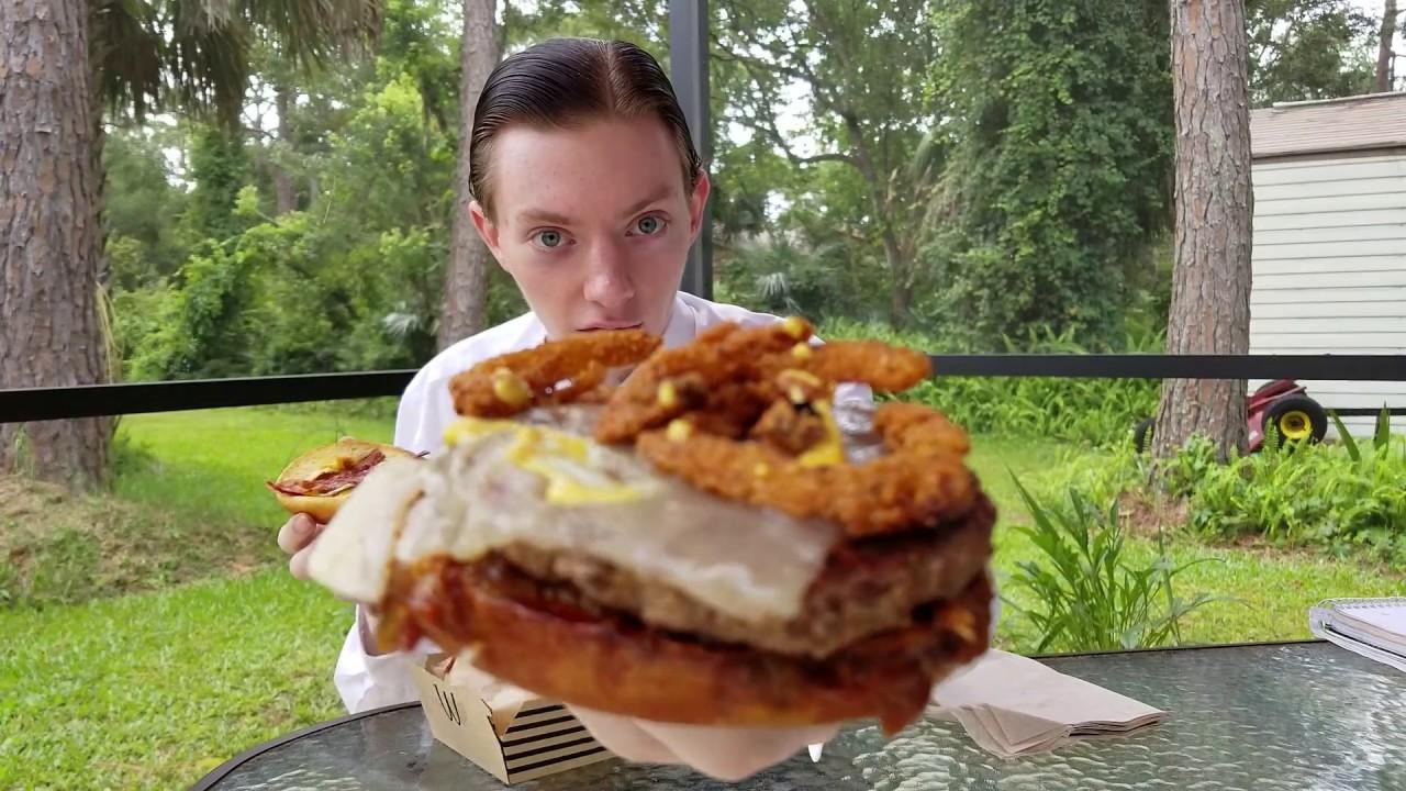 is-mcdonald-s-bacon-smokehouse-burger-really-that-smoky