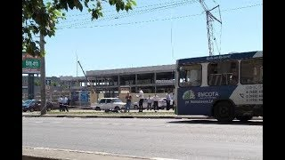 В Тамбове у старого автовокзала умер мужчина, напавший с ножом на полицейских