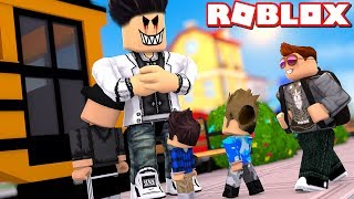 👿 A NIGHT AT SCHOOL! -ROBLOX High School Danish with ComKean