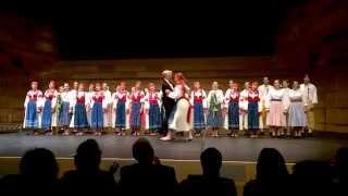 Kühnův dětský sbor v Consourse Concert Hall, Chatswood, Sydney, Austrálie (HD)