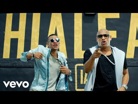 Gente de Zona - Algo Contigo (Official Video)