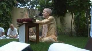 Mahanidhi Swami - Why Krishna is Dark Blue? - Radha Kunda - Kartik 2009