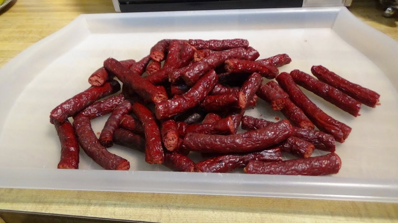 Extra Spicy Beef Sticks in the Weber Smokey Kettle using the Gravity Smoke  Bomb!