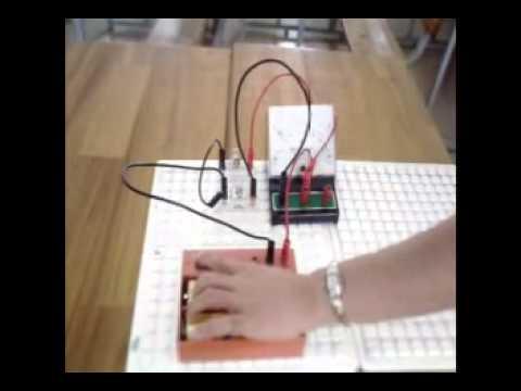 Thực hành thí nghiệm đo hđt và cđdđ đối với đoạn mạch song song.flv