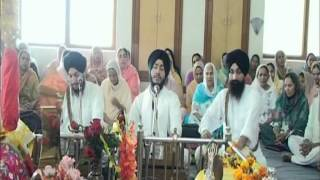 Man Beche Satgur Ke Paas By Bhai Jaskaran Singh Ji Patiala Wale