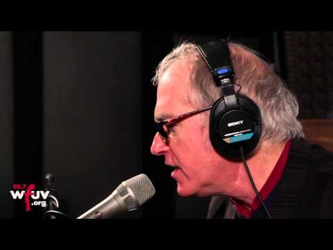 """Benmont Tench - """"Veronica Said"""" (Live at WFUV)"""