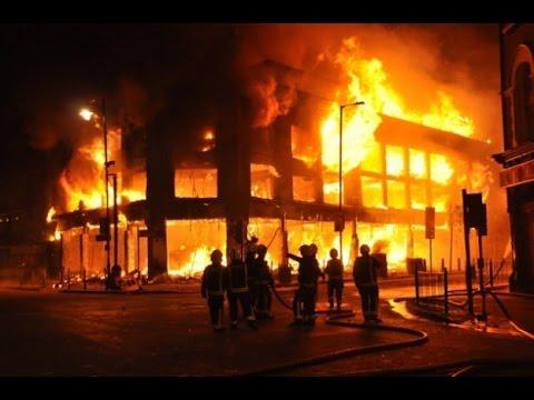 Mira como esta casa se quema en segundos - YouTube
