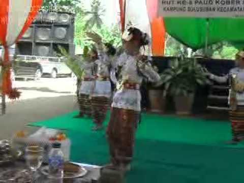 Tari Sembah (Tari adat Lampung) Alya Dkk