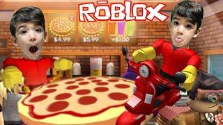 TRABALHANDO na PIZZARIA do ROBLOX - Família Rocha Games