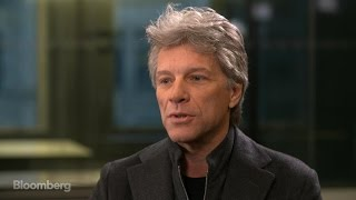 Jon Bon Jovi Gets Closer to His Fans