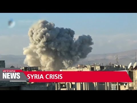 Residents flee eastern Ghouta as pro-government bombardment continues