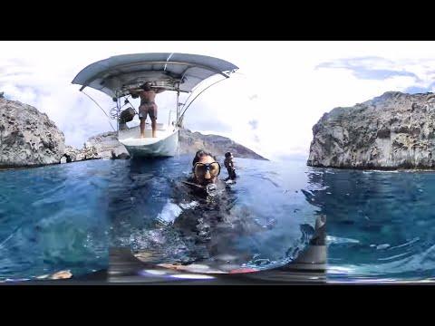 Scuba Diving with a 360 Camera at Ascension Island- Sailing Vessel Delos
