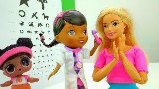 Школа гимнастики Барби - Что у Барби со зрением? - Куклы Лол