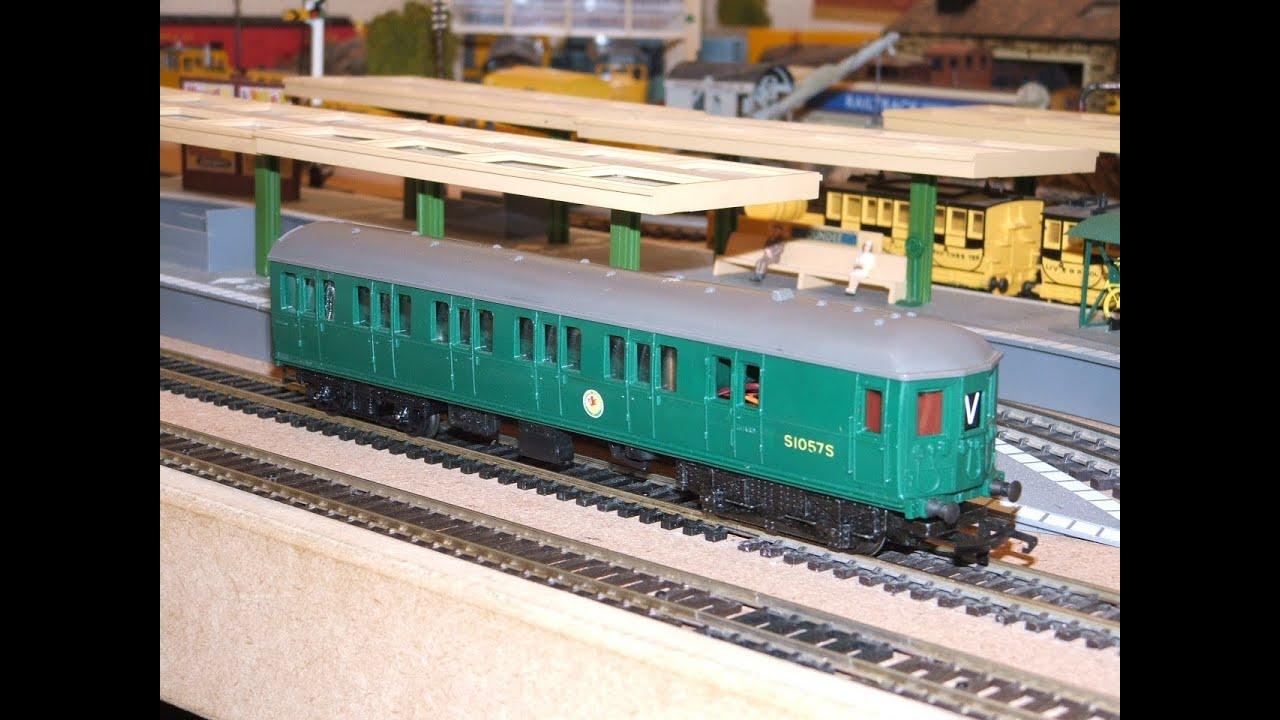 2 DMU's & An EMU....All Old Classic British/Triang Units ...