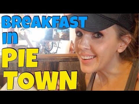 Breakfast in Pie Town