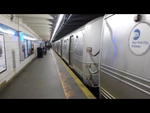 IND 6th Ave Line: R46 R Train at Grand St-Chrystie St (Brooklyn Bound-Weekend)