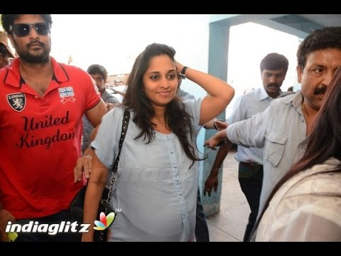 Shalini At Yennai Arindhaal Screening Fans Celebration