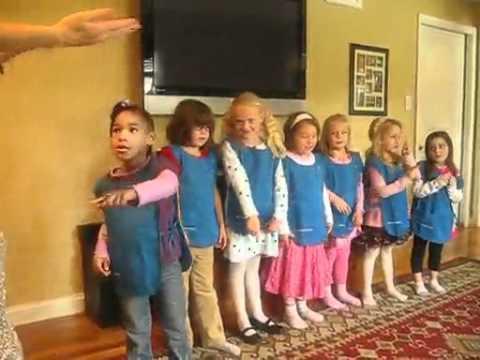 Daisy Girl Scouts IM A LITTLE DAISY.mp4