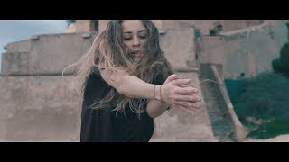 Laura Abel - Isolated System (Muse)