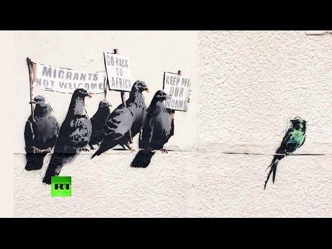 Новые граффити Бэнкси признали расистскими
