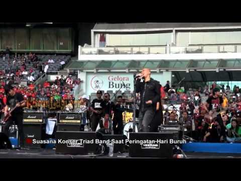 Ahmad Dhani dan TRIAD Tampil Memukau di Konser May Day