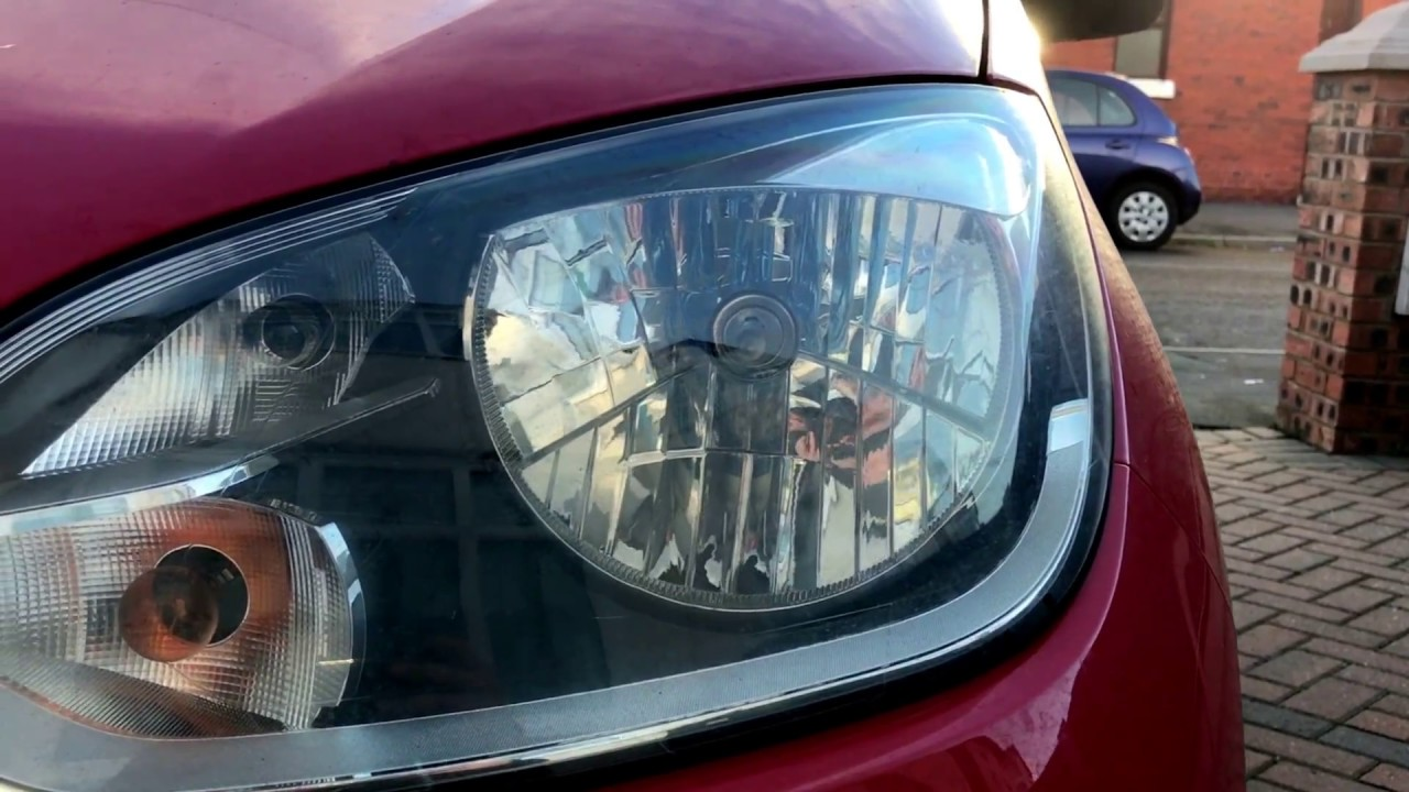 How To Replace Vw Up Headlight Lamp Youtube