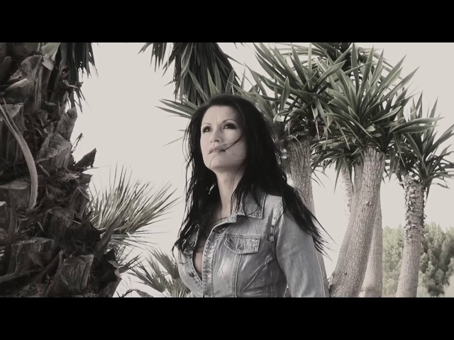 Antonia aus Tirol - Der Raum des Schweigens (The Sound of Silence) - (Official Video)