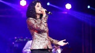 Gambar cover Palak Muchhal | Live Performance | PREM RATAN DHAN PAYO Title Song