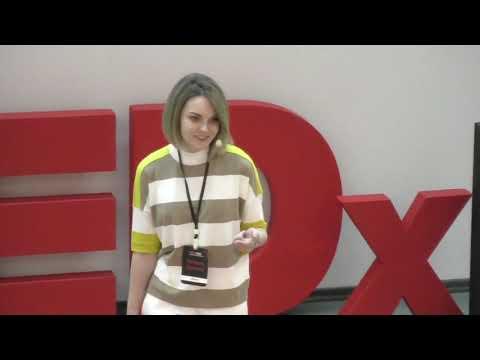 Другой жизни не будет. Не предавай мечты. Верь в себя | Viktoriya Dergunova | TEDxHSE