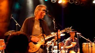 Snowy White and the White Flames - Bird of Paradise