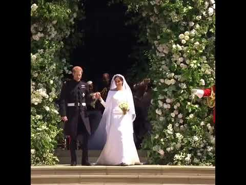 VIDEO: Britain's Prince Harry and Megan Merkel look at the ...