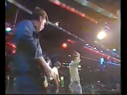 The Smiths - Live on The Tube 1984